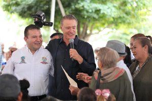Quirino Ordaz Coppel se compromete en San Juan a terminar el primer tramo de la carretera San Ignacio-Tayoltita 1