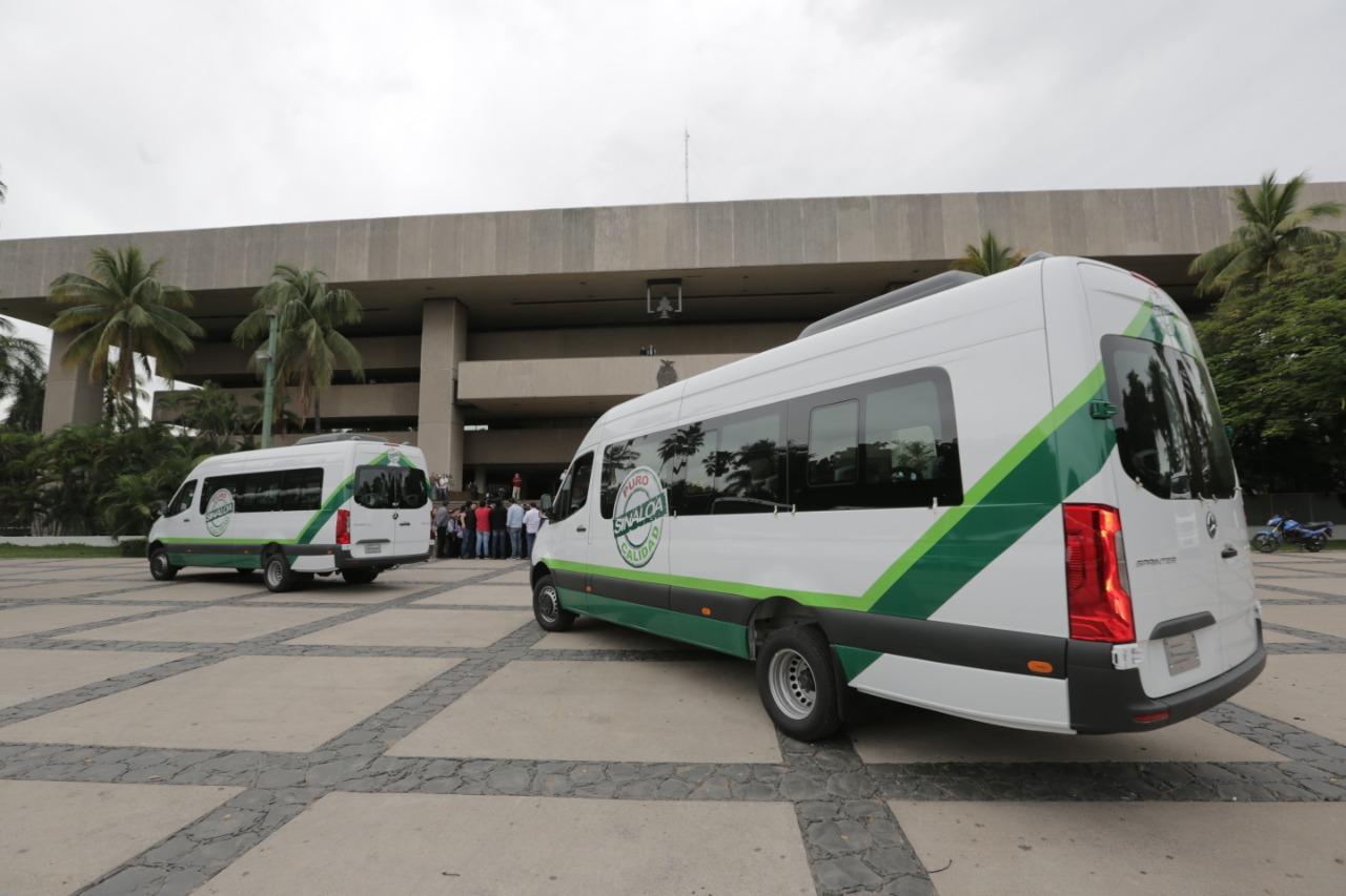 Quirino suma ya 400 nuevos camiones de servicio público.