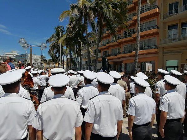 La Bella Lola en Olas Altas de Mazatlán 2020 2