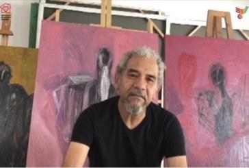 Carlos Zamora con ejercicios de meditación y  Alex Mojica con su pintura