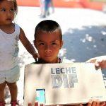 DIF San Ignacio entrega desayunos fríos gratuitos a la comunidad