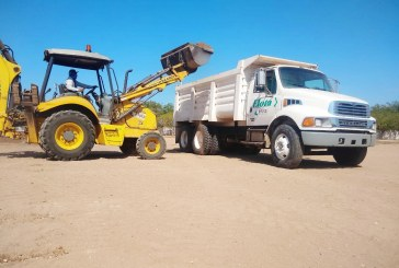 *Rehabilitan calles y caminos saca-cosechas en Elota