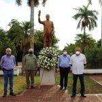 María León, coloca ofrenda floral por el 110 Aniversario de Gabriel Leyva Solano