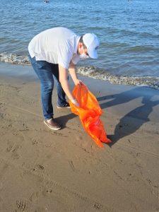 Ciudadanos Intervienen para Liempieza las Playas de la Isla del Maviri en Ahome 2020 2