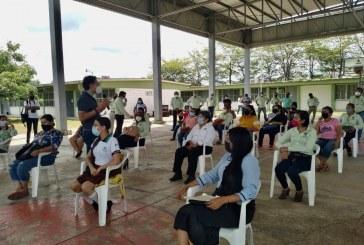 Dialoga titular de la SEPYC con integrantes de los Comités de Vigilancia Escolar y Ciudadana de Mazatlán y Rosario Recibidos x