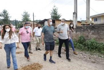Quirino supervisa obras de embellecimiento en Surutato