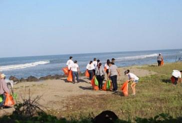 Reconocen al gobierno de Sinaloa por certificación de playas