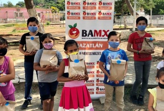 Colaboradores de Pesca Azteca se Solidarizan con la Comundiad