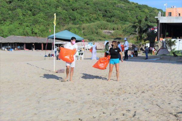 Jornada de Limpieza Playa Brujas Mazatlán Zona Trópico Sinaloa México SEDESU 2020 (4) a