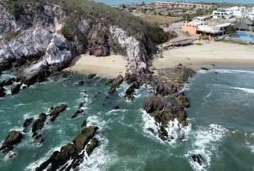 Playa Brujas: Santuario Natural de Mazatlán Zona Trópico