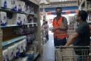 Avanza la supervisión de grandes distribuidores de bolsas de plástico