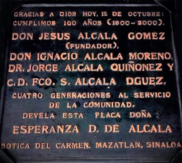 Botica del Carmen 120 Años al Servicios de lso mazatleocs y su Salud Francisco Alcalá Cuarta Genmeración 2020 4