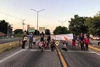 Habitantes de San Ignacio Sinaloa México en la Zona Trópico Salen en Defensa del Jaguar