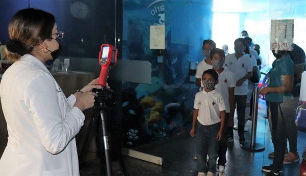 Niñas Niños de Hogar San Pablo Visitan Acuario Mazatlán 2020 2
