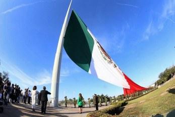 Conmemoración del Día de la Bandera en Sinaloa