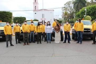 La SEDESU entrega vehículos para el combate de incendios forestales