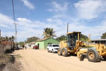Quirino inicia pavimentación en cuatro comunidades de Concordia