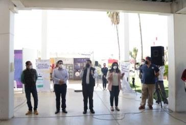 """Llevan a cabo muestra de productos regionales """"Consume Sinaloa"""" en Guamúchil"""