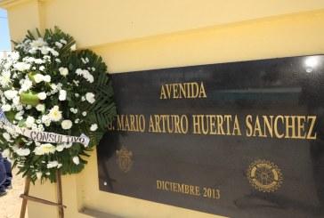 Con aplausos y reconocimiento póstumo constructores despidieron al Ingeniero Mario Arturo Huerta Sánchez.