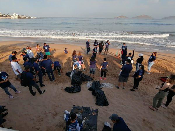 Pesca Azteca por un Plantea más Limpio Limpieza de Playa Norte Mazatlán 2021 4