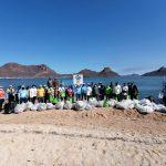 Autoridades y voluntarios realizan limpieza en islas de Navachiste