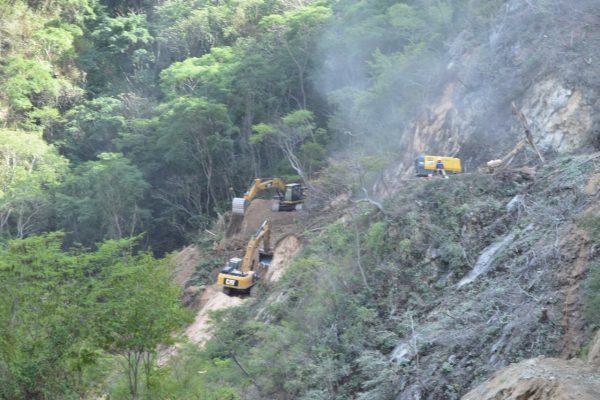 Avances Carretera San Ignacio Tayoltita Julio de 2021 (10)