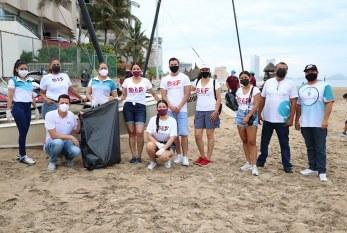 DIF Mazatlán realiza limpieza de playas con Cabildo Infantil 2021