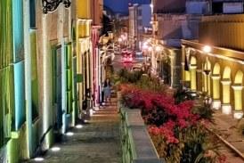 Caminando de Día y de Noche por el Rebaje de Mazatlán, Zona Trópico, Sinaloa, México