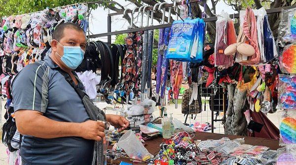 Coepriss realiza supervisión sanitaria en los tianguis de Sinaloa 2021 1