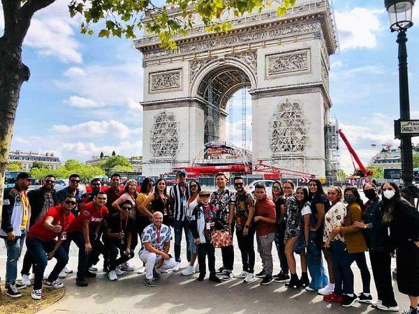 Compañía Folclórica el Mazatleco en el 48 Festival de Montoire, Francia, activa la esperanza de que la Cultura vuelva a la normalidad 2021 1