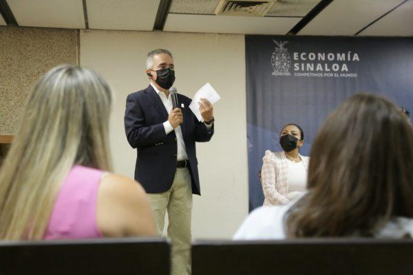 Entregan en Sinaloa reconocimientos a Empresas Socialmente Responsables 2021 (8)