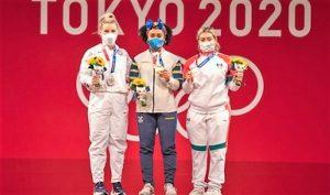 Entrega pesista Aremi Fuentes tercera medalla para México en Tokio 2020 2