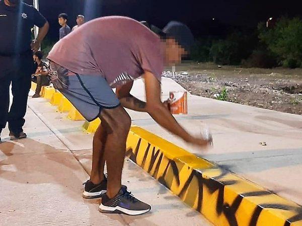 Limpiando Grafiti en El Estero del Infiernillo 2021
