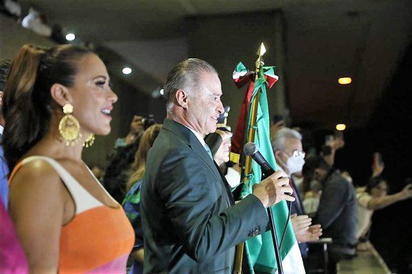 Grito de Independencia Palacio de Gobierno Sinaloa Quirino Ordaz Coppel 2021 Q 1