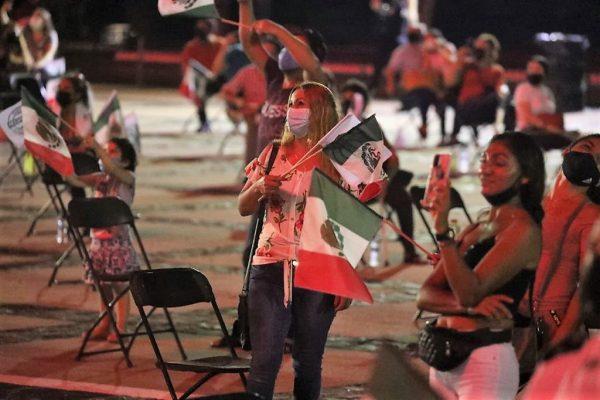 Grito de Independencia Palacio de Gobierno Sinaloa Quirino Ordaz Coppel 2021 Q 2