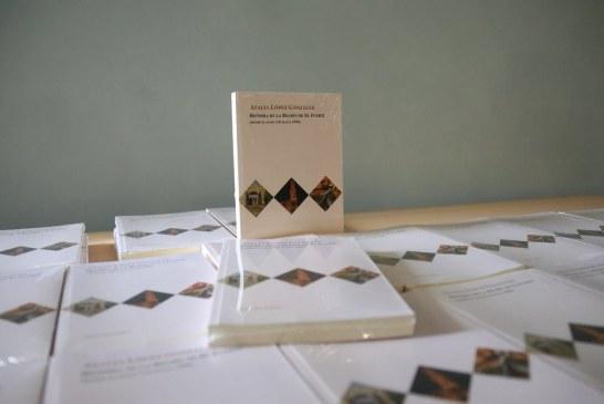 """Presenta Azalia López González su libro """"Historia de la región de El Fuerte"""""""