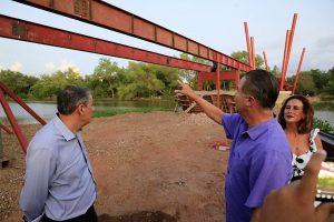 Quirino Ordaz Coppel supervisa construcción de puente bimodal en parque Las Riberas 2021 2