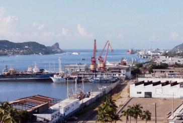 Cierran puerto de Mazatlán a la navegación de todo tipo de embarcaciones por 'Pamela'