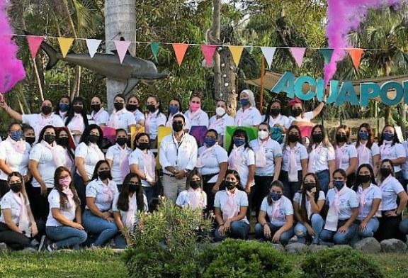 Conmemora Acuario Mazatlán el Día Internacional de la Lucha contra el Cáncer de Mama
