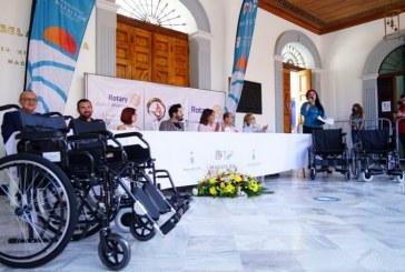 """El Arte Inclusivo en Mazatlán Traspasa las Barreras de los Escenarios para Llevar """"Ángeles"""" encarnados en Sillas de Ruedas a Personas con Discapacidades"""