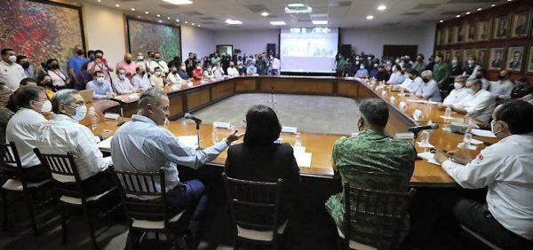 El gobernador Quirino Ordaz Coppel presidió el Consejo Estatal de Protección Civil donde se alistaron los últimos preparativos