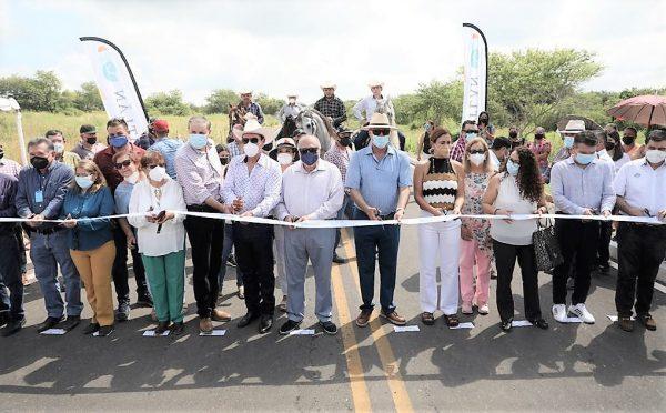 La Alberca Olímpica de Mazatlán ya cuenta con Techumbre y El Habal con un Nuevo Acceso 2021 3