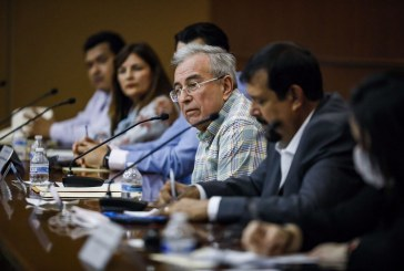 Rubén Rocha Moya apoyará sin distingos a agricultores, ganaderos y pescadores